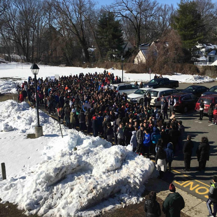 Rapid Reaction: Some PEN Photos from Today's MMS Walkout